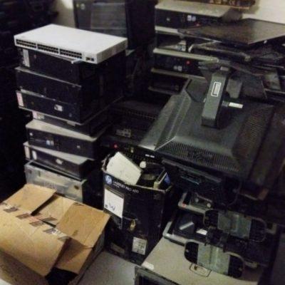 Lote de mobiliario de oficina
